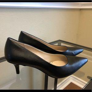 Classic black kitten heels